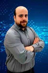 Acerca de Nosotros - PCSAT Madrid - Apasionados por la Tecnología - César Rojo